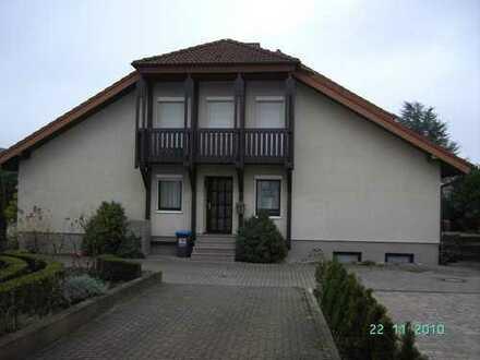 Doppelhaushälfte mit Ortsrandlage und Haardt-Blick