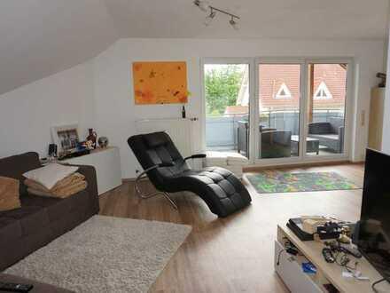 Helle, freundliche DG-Wohnung in sehr ruhiger, idyllischer Lage
