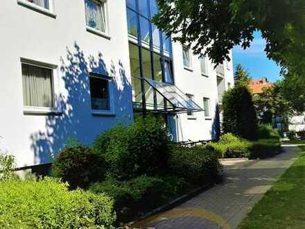 Maximales Platzangebot in zentraler Lage! 6 Zimmer Eigentumswohnung mit 2 Loggien und TG-Stellplatz