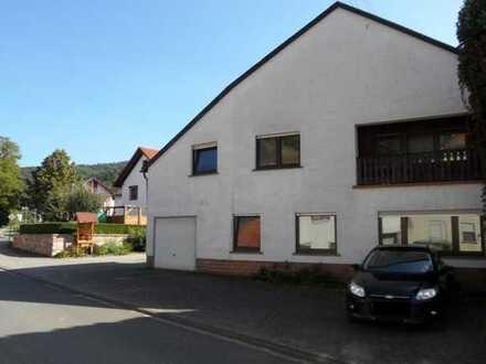 -- Schickes Einfamilienhaus mit Balkon und Garten in Auen bei Bad Sobernheim --