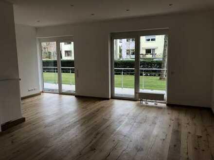 Wunderschöne 4-Zimmer-Terrassenwohnung mit Hobbyraum/Gästebereich