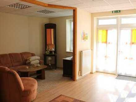 Gewerbefläche in zentraler Lage, als Praxis, Büro oder Ladenlokal etc. geeignet