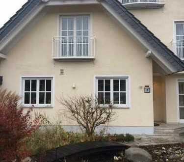 Neu-Isenburg Lux-DHH völlig separat ideal für 2 Personen