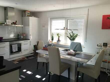 5 Zimmer Wohnung, ca. 140 qm, in Groß-Gerau auf Esch (von privat) Maximal an 4 Personenhaushalte
