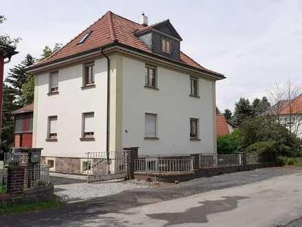 Freistehendes Haus mit sechs Zimmern in Sonneberg-Oberlind (Kreis), Sonneberg