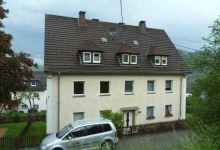 modernisierte und gemütliche Dachgeschosswohnung in ruhiger, zentraler Lage in Altenhundem