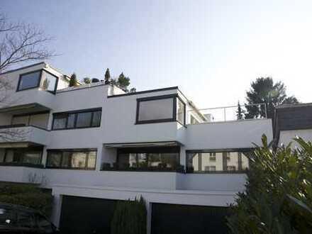 Lichtdurchflutete, renovierte Luxuswohnung - Südseite - 40 m² Terrasse