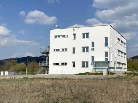 High-End Bürogebäude BJ 2017 + Erweiterungsgrundstück + Gigabit-Anschluss