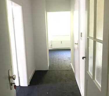 Besichtigung! Gepflegte 3-Zimmer-Dachgeschosswohnung mit Einbauküche in Bleckede