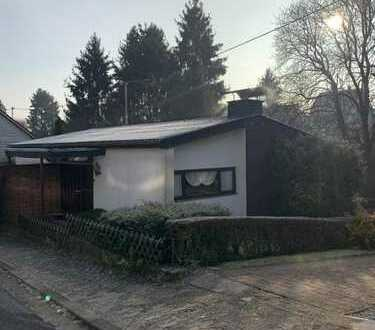 frei stehendes Einfamilienhaus mit Garten und Garage in ruhiger Lage, Elversberg