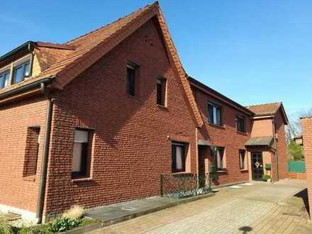 Einseitig angebautes 2-Familienhaus (DHH) in ruhiger Lage von Datteln