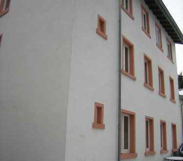 FFM-Rödelheim - DG-Maisonette-Whg. - 2.OG-2 ZKB, im Hof