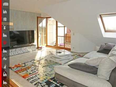 Helle, gut geschnittene 2-Zimmer-Wohnung mit großer Westloggia
