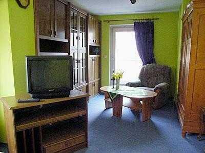 Gästezimmer mit Internet, Mini - Frühstücksküche (keine vollwertige Küche), TV, Bad/Wc-Mitbenützung