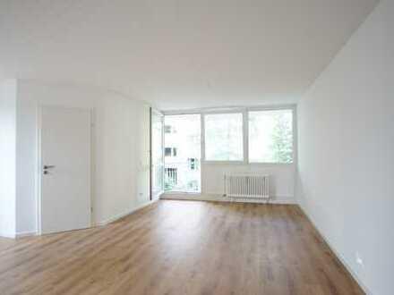 Erstbezug nach Komplettsanierung: ansprechende 2-Zimmer-Wohnung mit Balkon in Milbertshofen, München