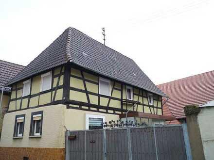 !!! Einfamilienhaus mit Hof und Scheune!!! Viel Platz und noch mehr Möglichkeiten !!!