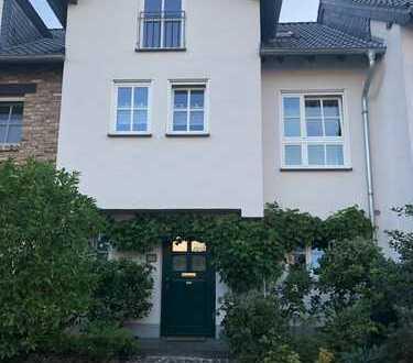 Schönes, geräumiges Haus mit fünf Zimmern im Großraum Köln/Bonn (Swisttal) Schlossblick, Golfplatz