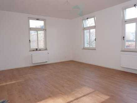 NEU sanierte 4-Raum-Wohnung in herrlicher Lage am Schwanenteich!
