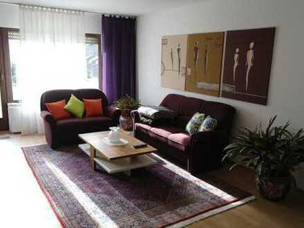 Provisionsfreie 3-Zimmer-Wohnung mit EBK und Balkon zu vermieten