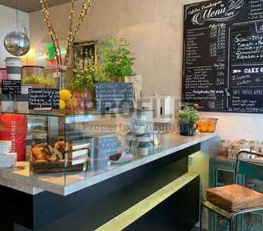 *Ihr Café in Mitte*