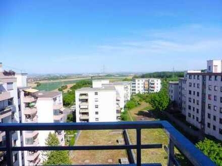 Helle 3-Zimmer-Wohnung mit schönem Panoramablick in Eberdingen-Hochdorf/Landkreis Ludwigsburg
