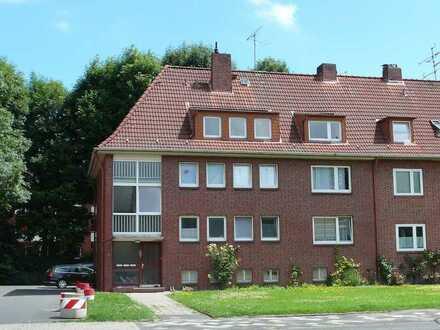 *Willkommen in Ihrem neuen Zuhause! 3-Zimmer-Wohnung im Dachgeschoss zu vermieten!**