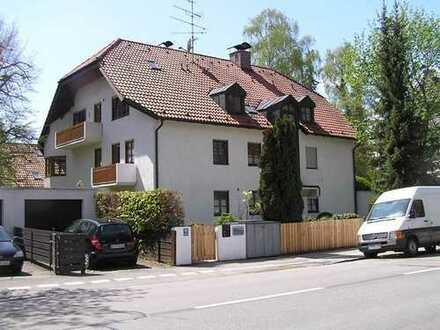 Exklusives Solln! Helle 3-Zi. Dachgeschoss-Wohnung mit Balkon