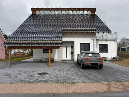 4 ZKB auf 161,5 m² mit Terrasse, Balkon, Garten und Anschluß E-Auto