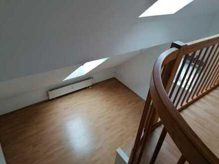 1-Zimmer Dachgeschoss Galerie Wohnung