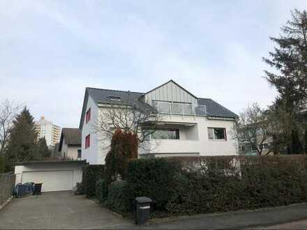 Rodenkirchen, 3,5 Zimmerwohnung, Sonnenbalkon, Erstbezug nach Dachausbau