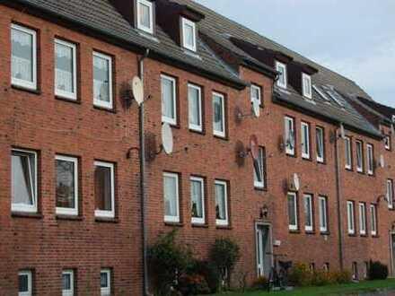 Gepflegte 2 ½-Zimmer-Erdgeschoss-Wohnung in ruhiger Wohnlage in der Nähe vom WKK in Heide, Kreis Dit