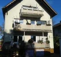 Großzügig geschnittene 3 Zimmerwohnung mit Süd Balkon und Gartenmitbenutzung zu vermieten!