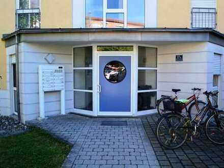 IN! 3-ZKB Erdgeschoss-Wohnung mit Terrasse, Gemeinschaftsgarten und TG-Stellplatz in zentraler Lage!
