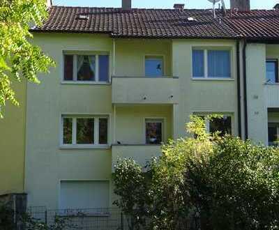 Erstbezug nach Sanierung mit Einbauküche und Balkon: ansprechende 3-Zimmer-Wohnung in Pforzheim