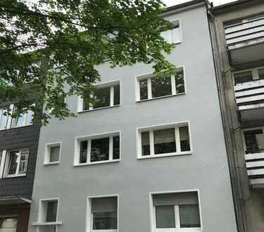 Sofort bezugsfreie, schöne 3-Zimmer Wohnung mit Westbalkon am Puls der Stadt