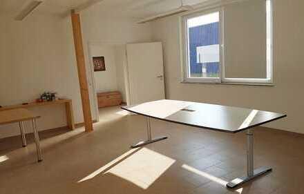 Helles modernes Büro Praxis frei! 30 min in die Schweiz und Freiburg!
