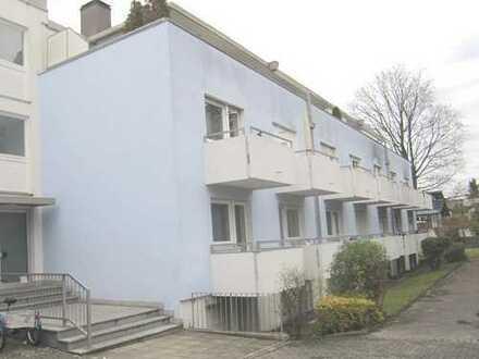 Brück Immobilien - Sofort beziehbar! Ruhiges 1 Zi.-Appartement mit Dachterrasse