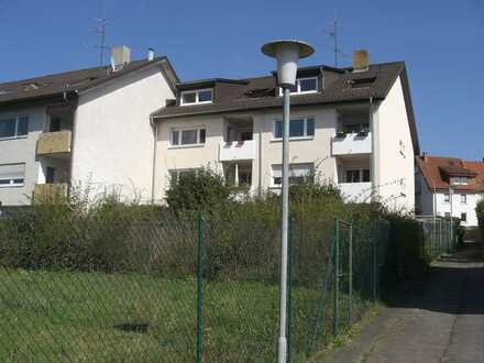 1-Zimmer-Gartengeschoss-Wohnung mit Terrasse