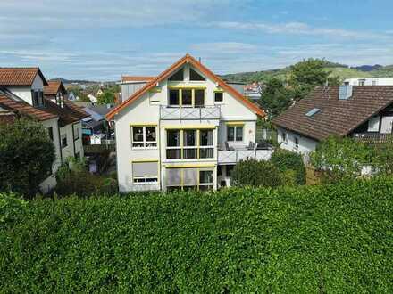 Neuwertige 3-Raum-Wohnung mit Balkon und Einbauküche in Metzingen-Breitwiesenstraße
