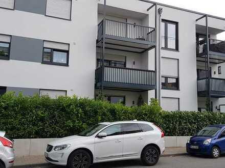 Moderne, neuwertige 3-Zimmer-Wohnung mit Terrasse und Einbauküche in Bensheim
