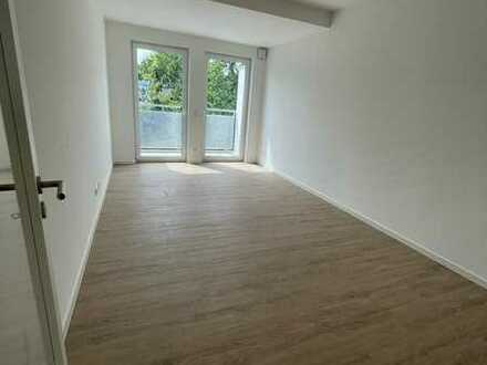 NUR MIT WBS+, Neubau, helle 2 Zimmer, Balkon