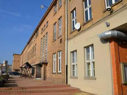 schöne Büros / Räumlichkeiten für Vereinszwecke in Weißwasser provisionsfrei zu vermieten