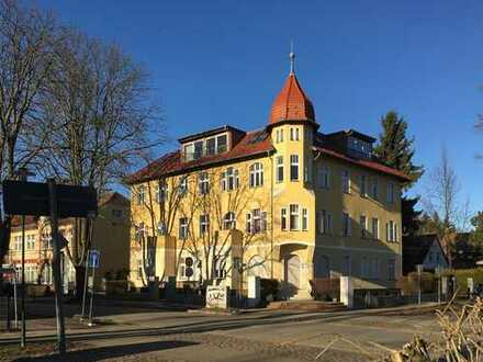 Panketal bei Berlin: 1 Zimmer - Freie Wohnung mit separatem Eingang und auf dem Boden geblieben