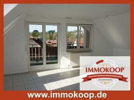 Sofort frei - schöne 4 Zimmer Dachgeschosswohnung