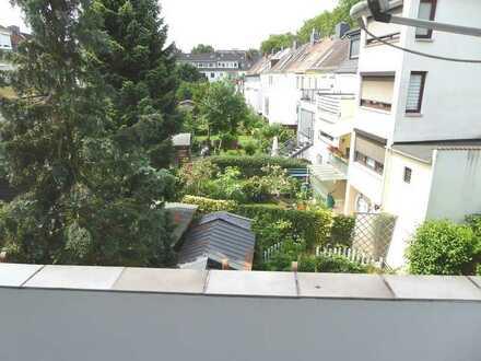 Walle: Helle, renovierte 3 Zimmer Wohnung mit Loggia, ca. 59 m²