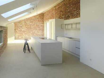 Erstbezug-Designerloft mit Einbauküche in begehrter Lage an der Düssel