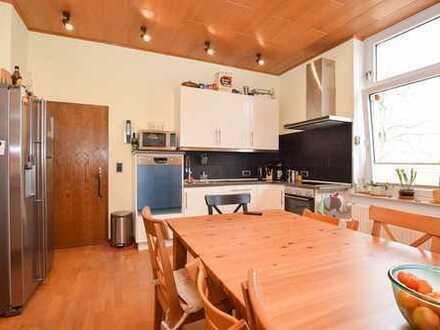 Gepflegte 5-Zimmer-Altbauwohnung in Hildesheim-Ost