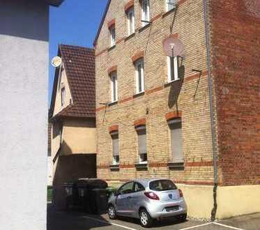 Attraktive 2-Zimmer Wohnung mit EBK in S-Untertürkheim