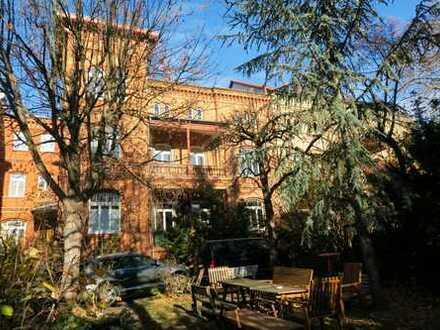 Schöne 2 Zi-Wohnung mit Terrasse, Korkboden, sep. Küche mit Ebk und Wannenbad im Mühlwegviertel