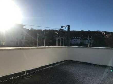 Steigerwaldblick - Dachgeschoss mit gr. Dachterrasse, bis 5 Zimmer, 2 Bäder, TG auch 2 möglich